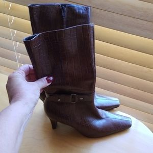 Gianni Bini Brown 6.5 Boots
